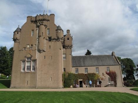 2010 scotland castle fraser
