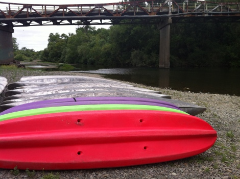 Russian River Kayak Drop-in  at Alexander Valley Road