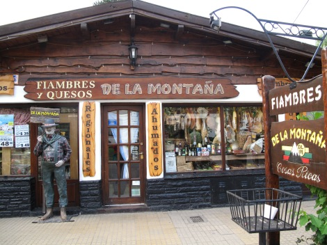 The best meat and cheese shop in San Martin