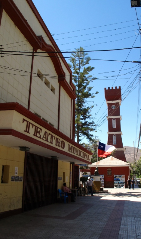 """Vicuna """"Town Center"""""""