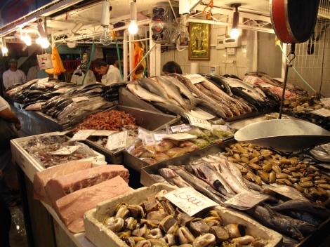 Famous Fish market 8am